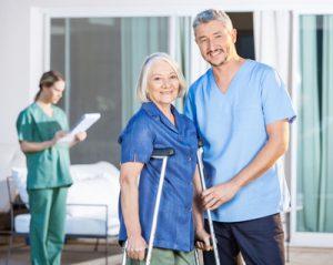Bei der Auswahl einer Pflegeeinrichtung kommt es auf die Qualität der Pflege an